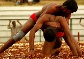 Мала Юдха – борческите хватки от Индия, които могат да изненадат всеки противник (Видео)