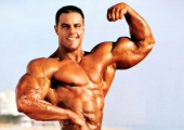 Евън Сентопани – Дебеланкото, превърнал се в планина от мускули (Видео)