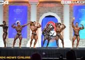 """Крис Бъмстед защити титлата си в """"Класическата физика"""" на Mr. Olympia 2020"""