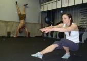 Мери – Кросфит-тест със собствено тегло (Видео)