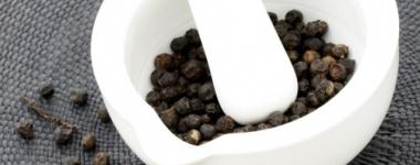 Черният пипер спира натрупването на мастна тъкан
