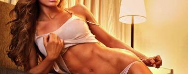 Ана Делиа – то бива фитнес красота и сексапил, ама чак пък толкова...