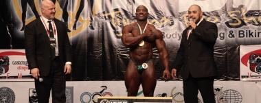 """Декстър """"Острието"""" Джексън и бившата спортна журналистка Кристъл Матюс прегазиха конкуренцията на 2013 IFBB Tijuana Pro"""