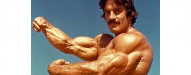 Майк Менцер и неговата система Heavy Duty – По-тежко, много кратко и по-рядко (Видео)