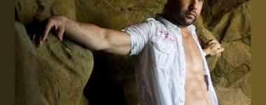 3 стъпки за страхотен корем с Брайън Пийлър