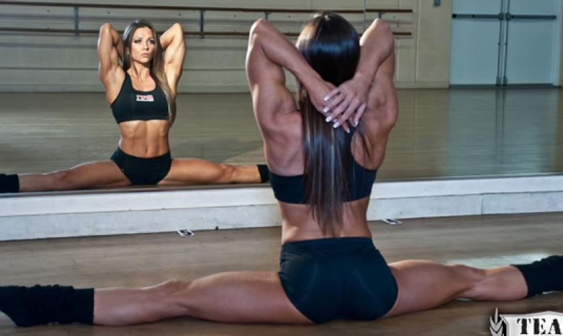 Гимнастичката Оксана Гришина – с висша акробатика и балетна стъпка до върха на световния бодибилдинг и сърцата на феновете (Видео)