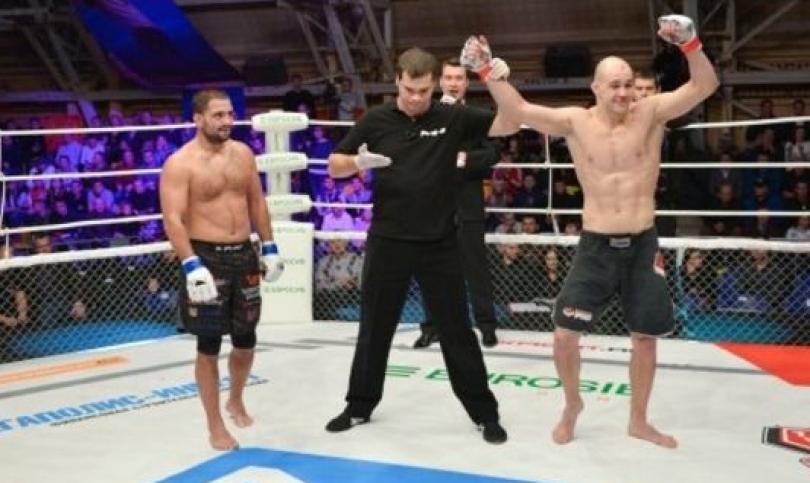 Неадекватен рефер открадна 21-та победа на Росен Димитров в М-1, Близнаците обжалват! (Видео)