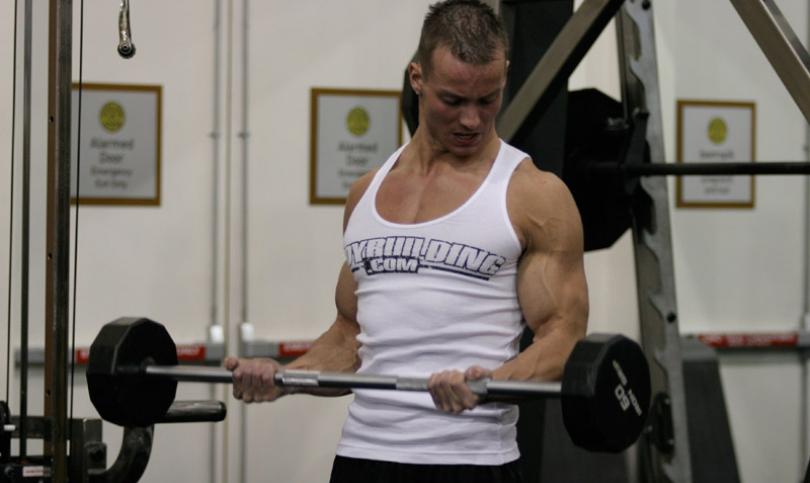 Защо храносмилателните ензими са важни за възстановяването и мускулния растеж?