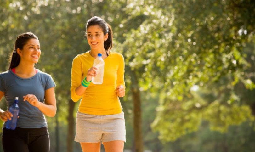 Дългите разходки и бягането – еднакво полезни както за сърдечно-съдовата система, така и за фигурата