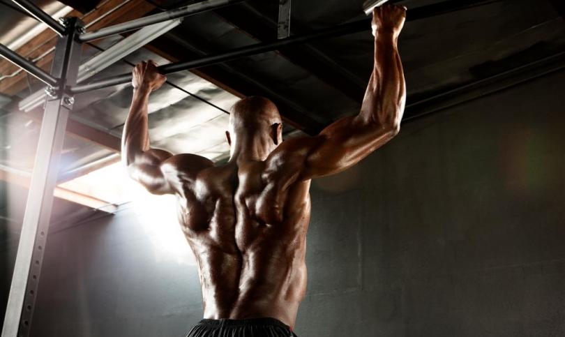 Базисна стратегия за спечелване на джакпота от сила, мускулна маса и релеф