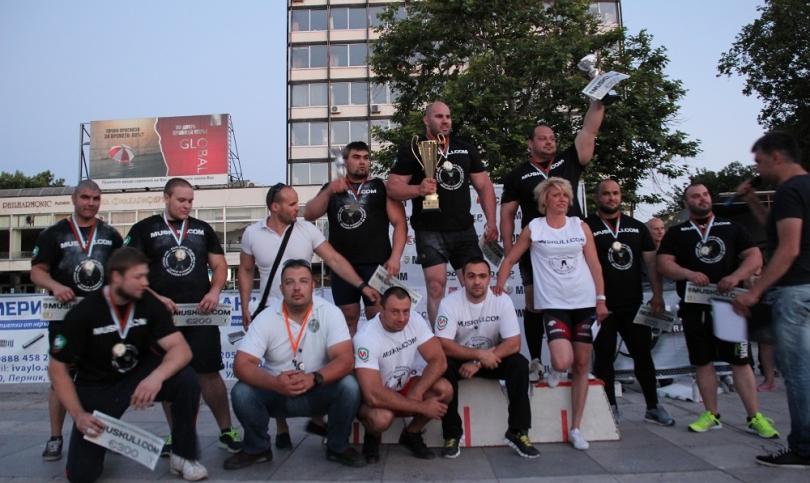 Шампионско дефиле на Стоян Тодорчев в STRONGMAN Пловдив, както и големи надежди за новата генерация
