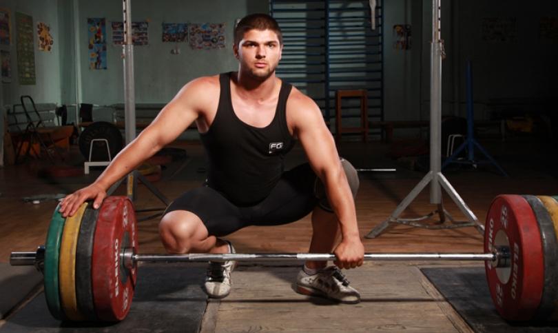 Надеждата ни в щангите Георги Шиков – За големи тежести трябва да имаш и голяма психика!