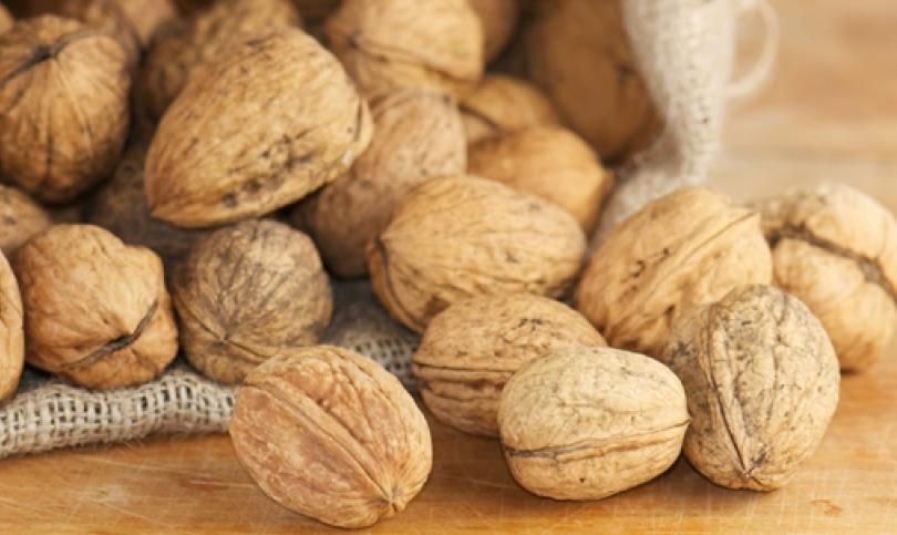 За здраво сърце и кръвоносни съдове – включете в менюто орехи!